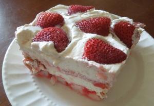 strawberrycreamdessert